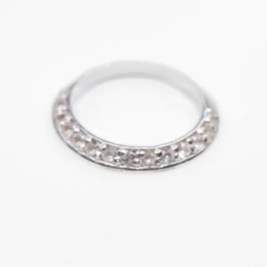 anillo media churumbela plata rodio inclinada topacio blanco